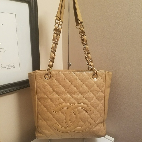 267b88ad16c9 CHANEL Handbags - Auth Chanel PST Handbag Tote